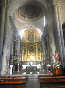 Iglesia de Santa María del Camino Altarpiece
