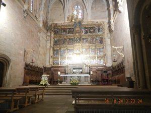 Inside the Basìlica.