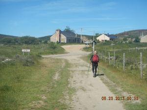 English peregrino walking into Foncebadón