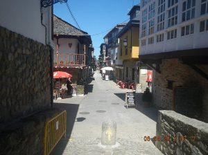 The streets of Molinaseca