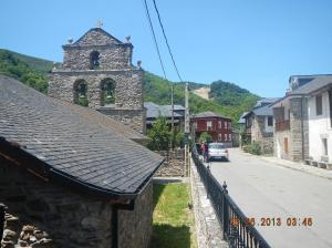 La iglesia San Juan in La Portela de Valcarce