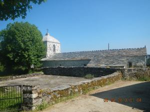 la iglesia parroquial de San Xoán (San Juan)